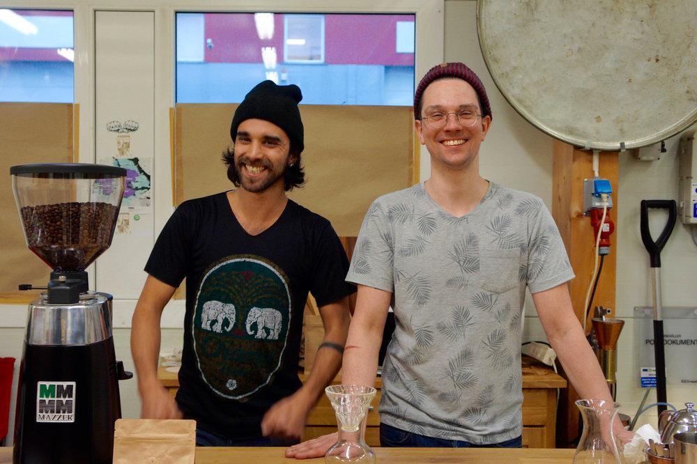 スウェーデンのヒップなマイクロコーヒーロースターStockholm Roastの創業者の2人