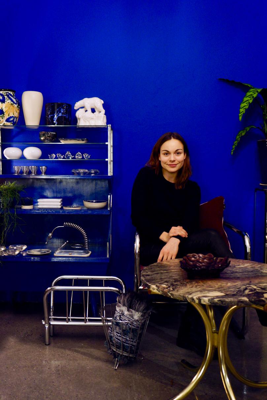My child home/Josephine Ilmi Johansen   私の父親もアートやデンマークのデザインファーニチャーのコレクターでオークションに出していたりしたから、いつも家の中のインテリアがよく変わってたのを目にしていたのよ。 read more