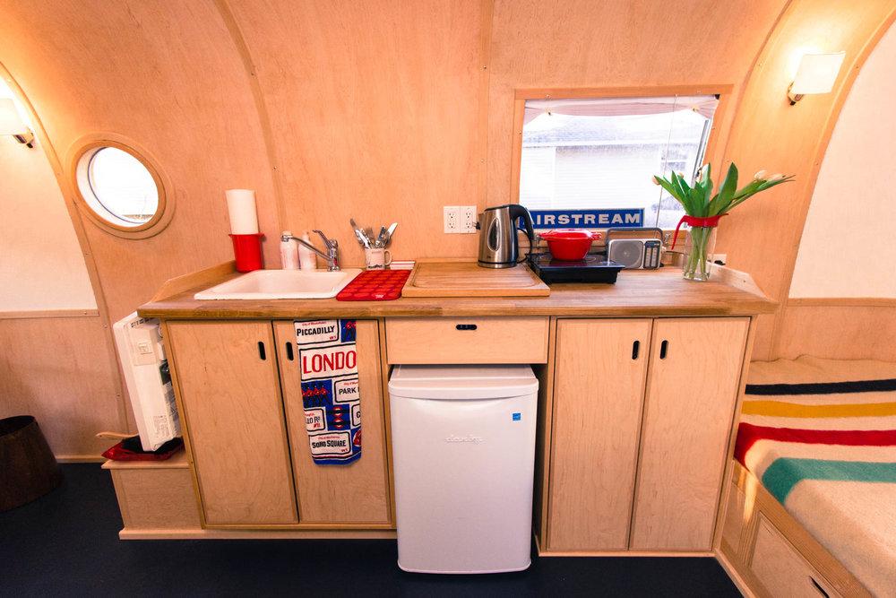 Airstream (6 of 15).jpg