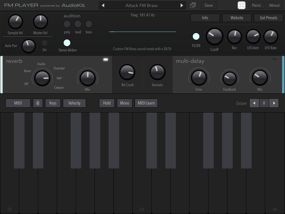 FM Player. Verkligen inga konstigheter. Ett plus för de väl valda effekterna och den mycket välfungerande virtuella klaviaturen.