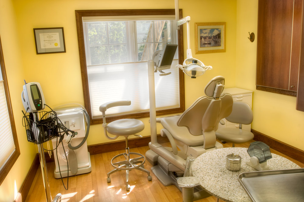 dentistchair copy.jpg
