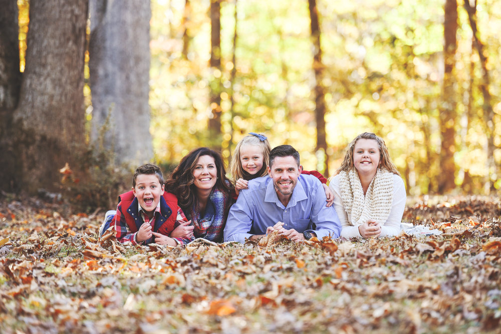 Fall Family Portraits What To Wear Outfits YasminLeonardPhotography