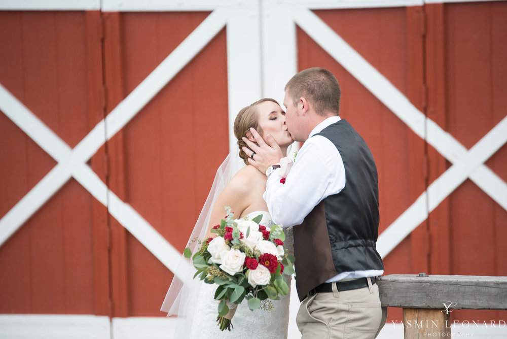 Millikan Farms - NC Wedding Venue - NC Wedding Photographer - Yasmin Leonard Photography - Rain on your wedding day-42.jpg