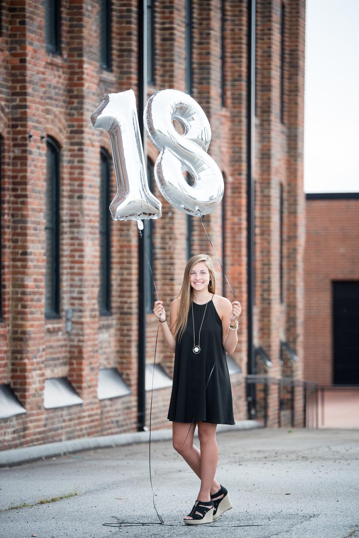 Kaitlyn Senior Portraits 2017-2.jpg