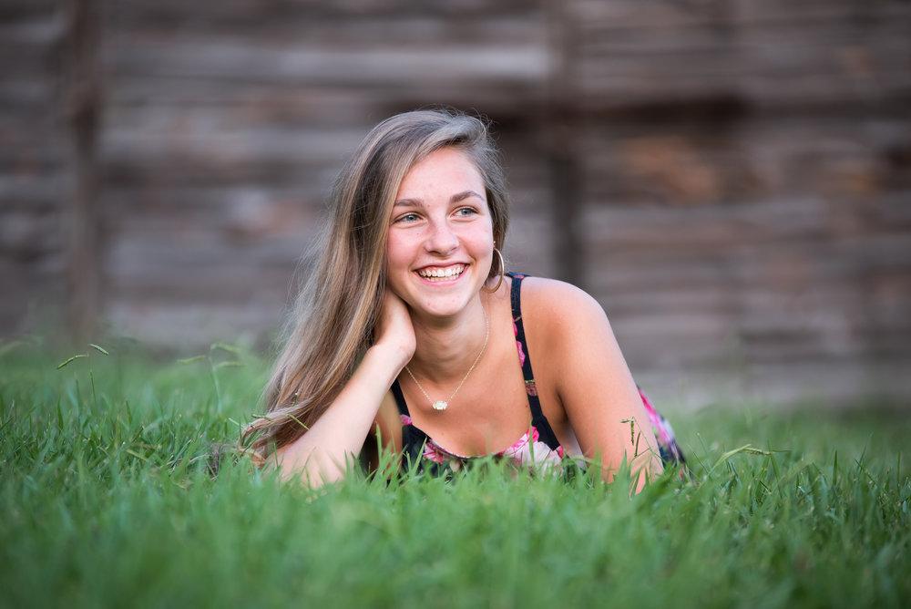 Kaitlyn Senior Portraits 2017-129.jpg