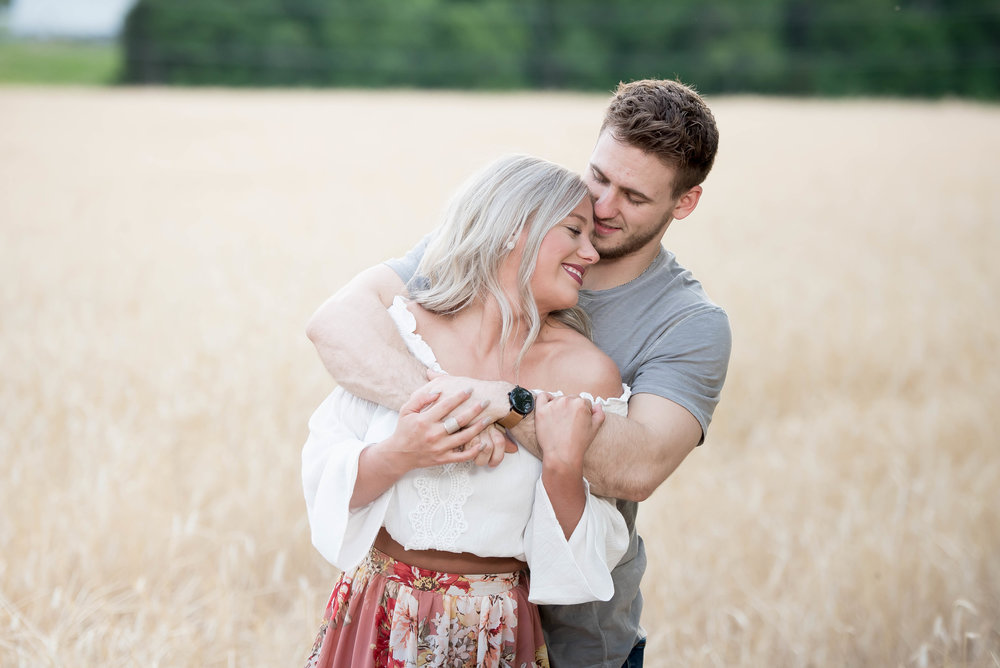 Couple Session - Fitness Couples - Tall Grass Field - Engagement Portrait Ideas - Engagement Session Ideas - Couple Session Ideas - Spring Picture Ideas-14.jpg