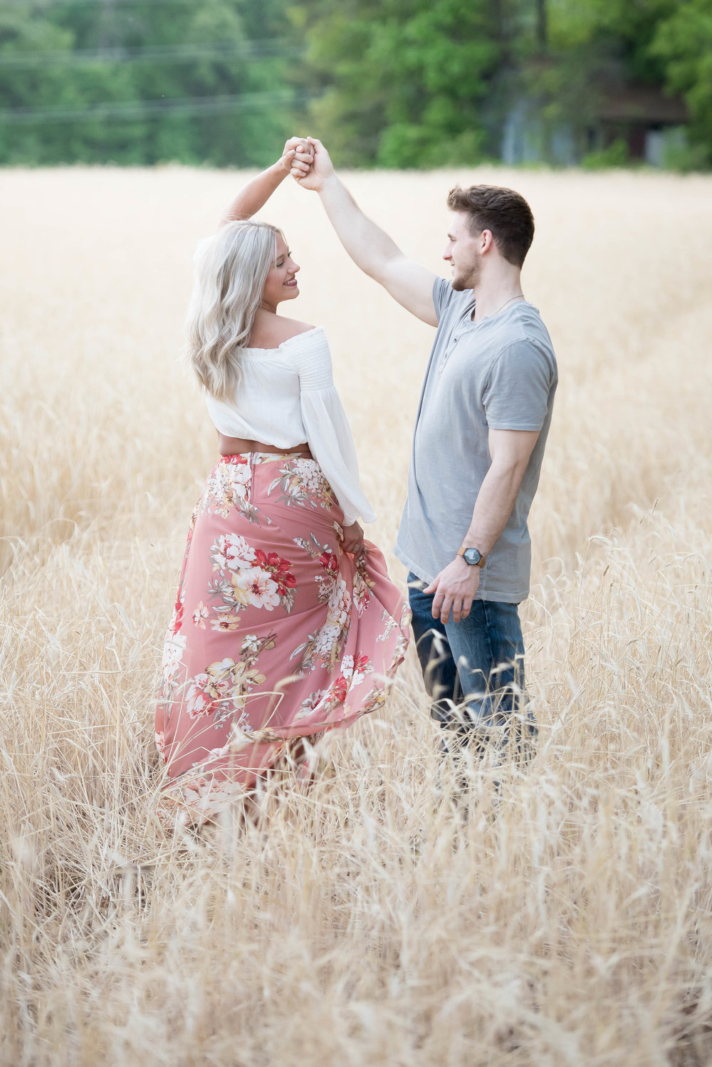 Couple Session - Fitness Couples - Tall Grass Field - Engagement Portrait Ideas - Engagement Session Ideas - Couple Session Ideas - Spring Picture Ideas-18.jpg