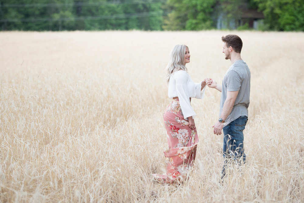 Couple Session - Fitness Couples - Tall Grass Field - Engagement Portrait Ideas - Engagement Session Ideas - Couple Session Ideas - Spring Picture Ideas-19.jpg