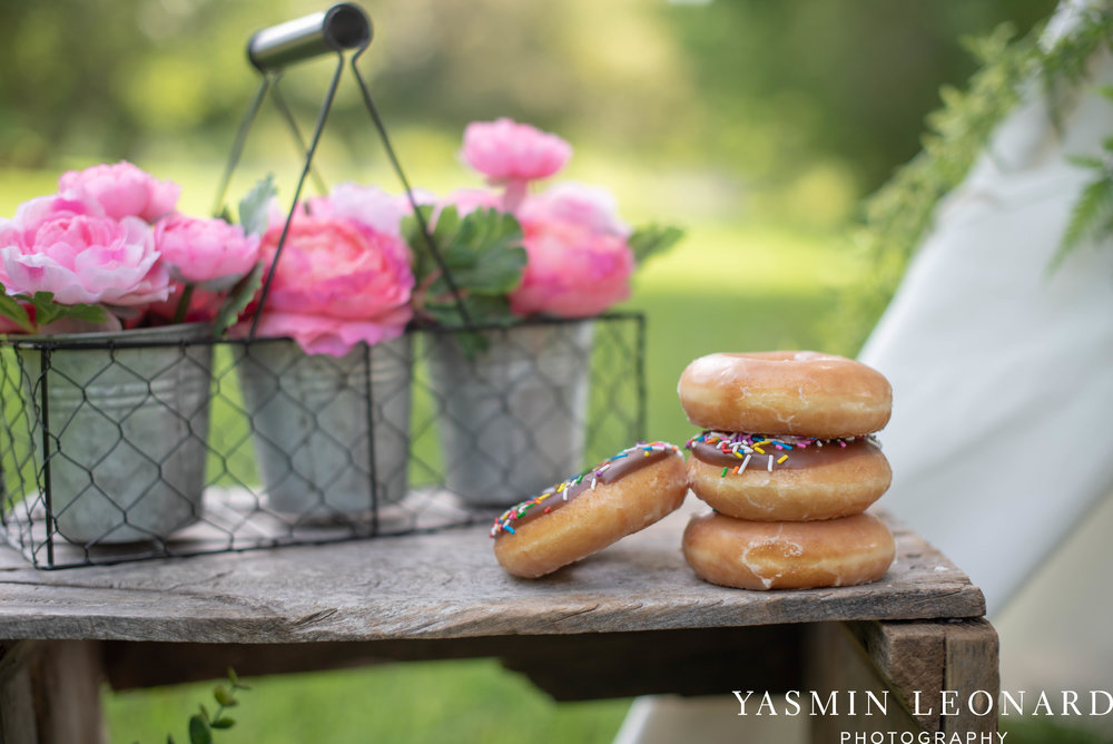Twins First Birthay - Donut Birthday Session - Doughnuts Birthday Session - Cake Smash Ideas - TeePee Birthday Ideas - Yasmin Leonard Photography-4.jpg