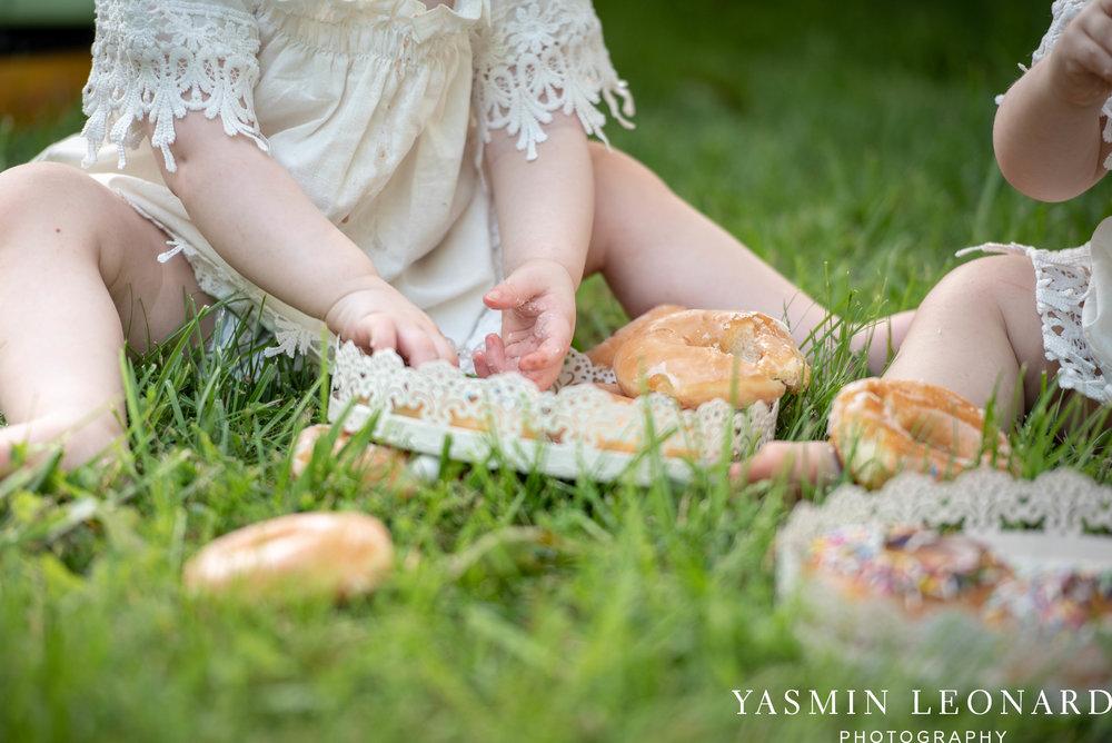 Twins First Birthay - Donut Birthday Session - Doughnuts Birthday Session - Cake Smash Ideas - TeePee Birthday Ideas - Yasmin Leonard Photography-19.jpg