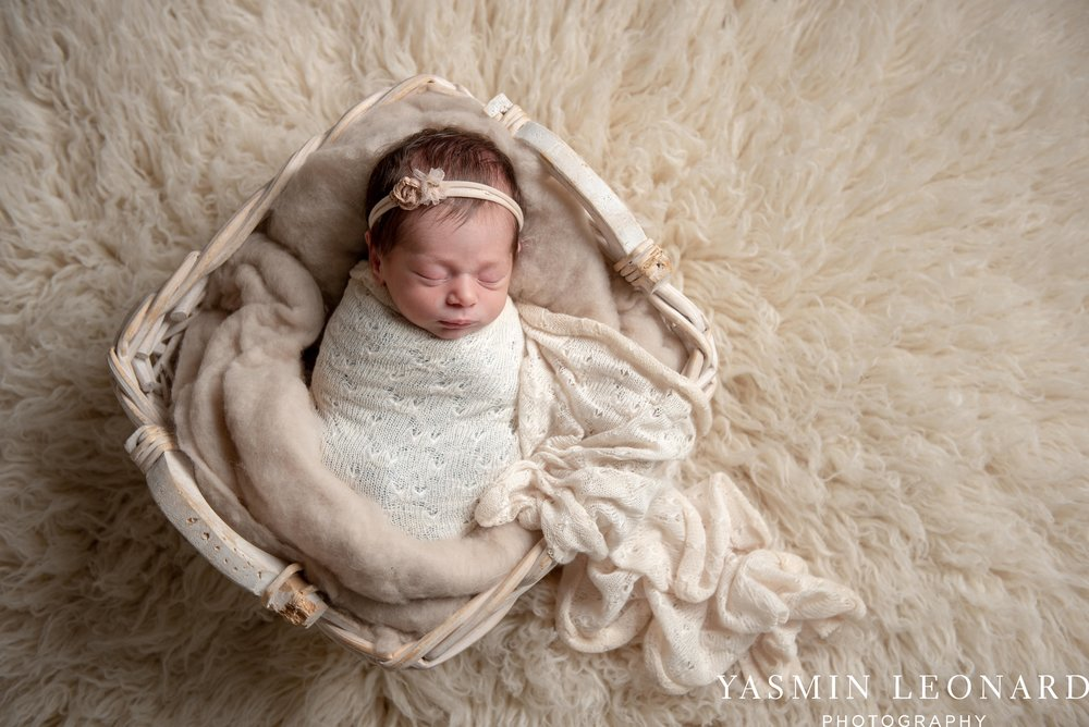 Newborn Photographers in High Point - Newborn Baby Smiling - High Point Newborn Photographer - NC Photographer - Yasmin Leonard Photography-5.jpg