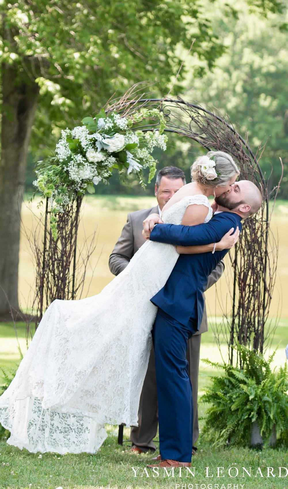 L'abri at Linwood - Yasmin Leonard Photography - NC Wedding Venues - NC Weddings - NC Photographer - High Point Wedding Photographer - Charlotte Wedding Photographer - Pink and Navy Wedding - Pale Pink Wedding - Outdoor Summer Wedding-48.jpg