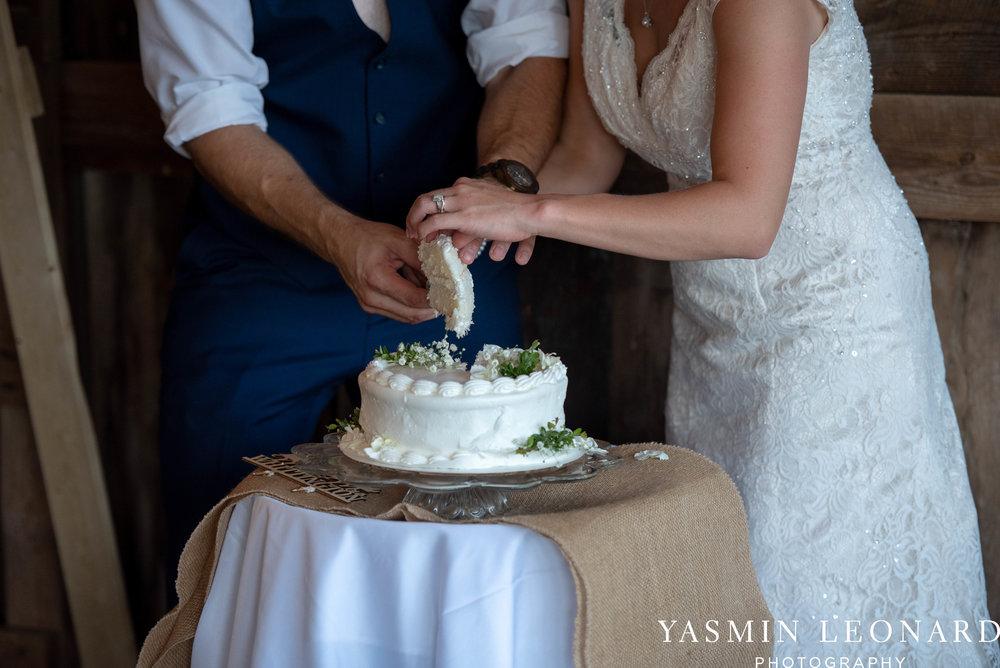 L'abri at Linwood - Yasmin Leonard Photography - NC Wedding Venues - NC Weddings - NC Photographer - High Point Wedding Photographer - Charlotte Wedding Photographer - Pink and Navy Wedding - Pale Pink Wedding - Outdoor Summer Wedding-104.jpg