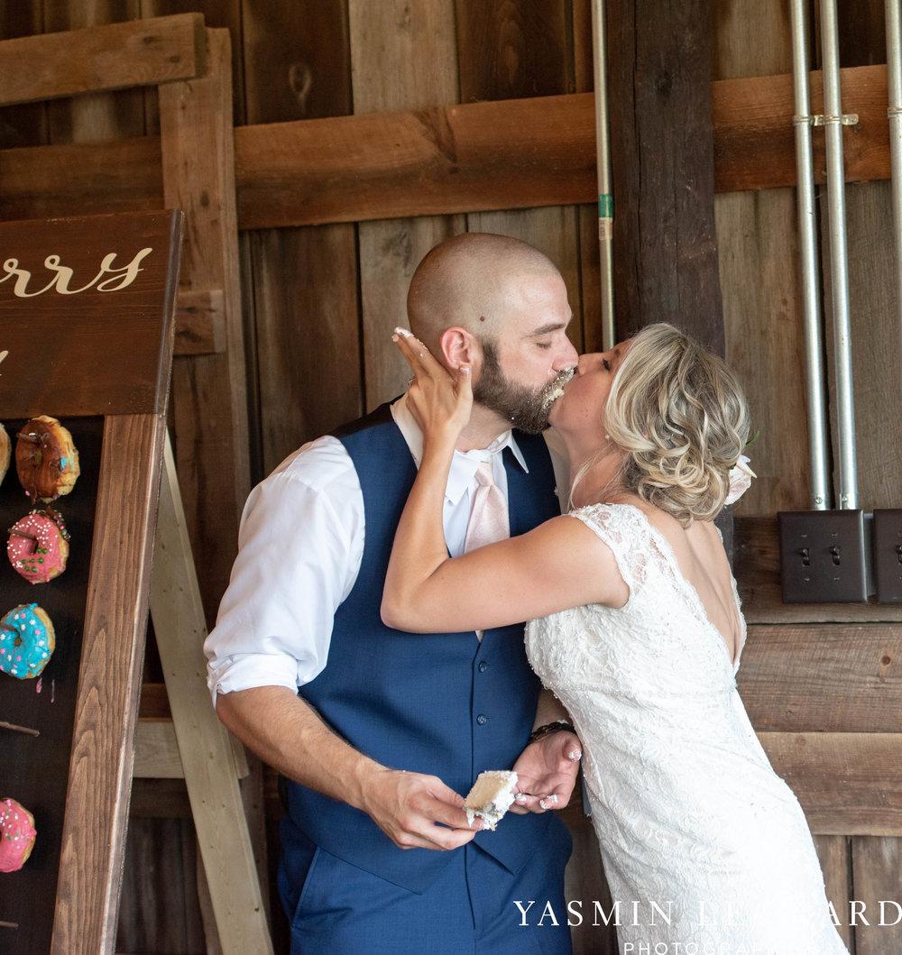 L'abri at Linwood - Yasmin Leonard Photography - NC Wedding Venues - NC Weddings - NC Photographer - High Point Wedding Photographer - Charlotte Wedding Photographer - Pink and Navy Wedding - Pale Pink Wedding - Outdoor Summer Wedding-107.jpg