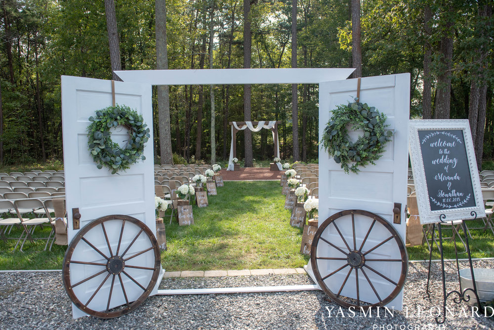 Danner Farms - NC Wedding Venues - NC Barns - Statesville NC - NC Wedding Photographer - High Point Wedding Photographer - Yasmin Leonard Photography-25.jpg