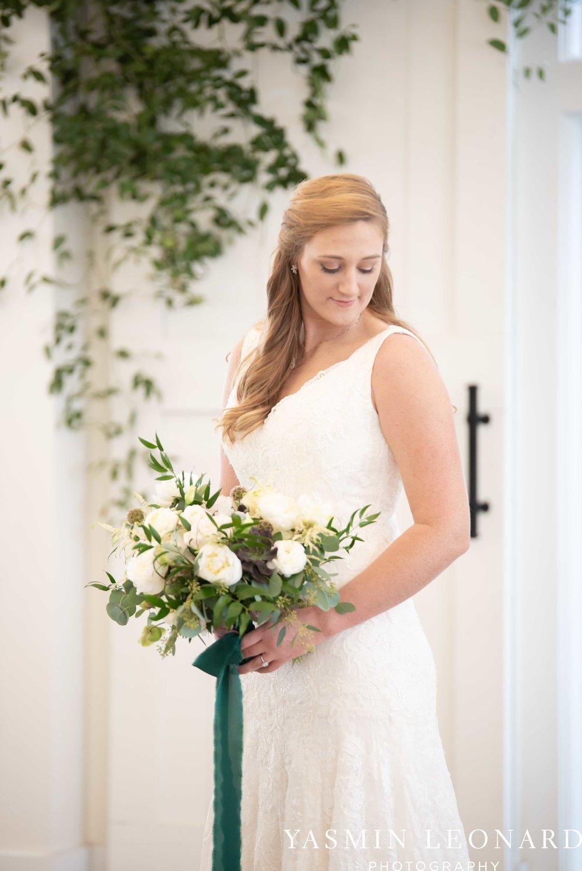 Barn at Reynolda Village - Winston Salem Wedding - White and Green Wedding - NC Wedding - NC Barns - Yasmin Leonard Photography-14.jpg