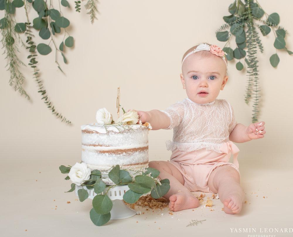 First Birthday Session - Baby First Birthday - First Birthday Ideas - Clean and Simple First Birthday Ideas - Cake Smash Ideas - Pink and Gold Cake Smash Ideas-14.jpg