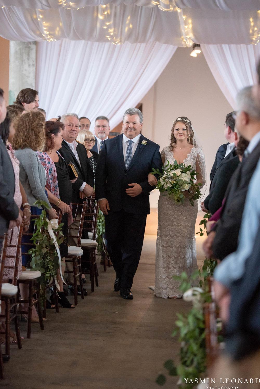 The Lofts at Union Square - Unions - High Point Weddings - NC Weddings - NC Wedding Photographer - Yasmin Leonard Photography - Just Priceless - Green Pink and Gold Wedding - Elegant Wedding-21.jpg