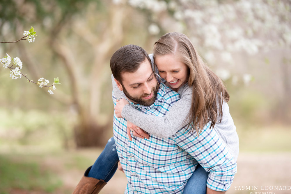 Engagement Session at Tanglewood - Spring Engagement Session - Engagement Session Ideas - Engagement Pictures - What to Wear for Engagement Pictures - Yasmin Leonard Photography-6.jpg