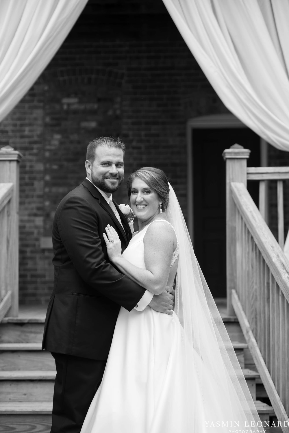 Wilmington Weddings - Brooklyn Arts Center - Downtown Wilmington Weddings - NC Beach Weddings - NC Wedding Photographer - NC Weddings - Wilmington Wedding Venues - Yasmin Leonard Photography-40.jpg