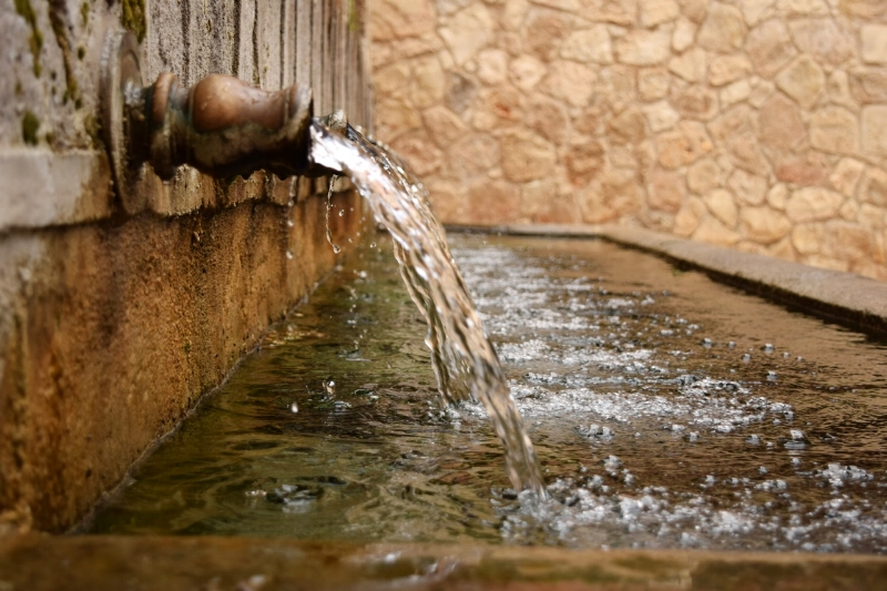 12 fountains bring crystal clear drinking water to Brihuega