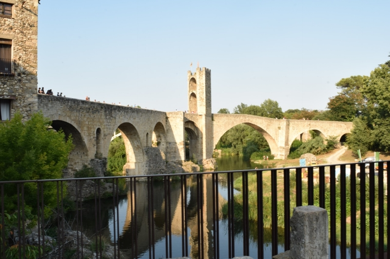 This bridge that crosse the Flavus river in Besalu was built in the 11th century.