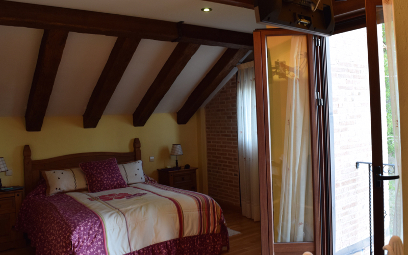 The rooms at Paraiso de Gredos are inviting, cozy but lacking no comfort.