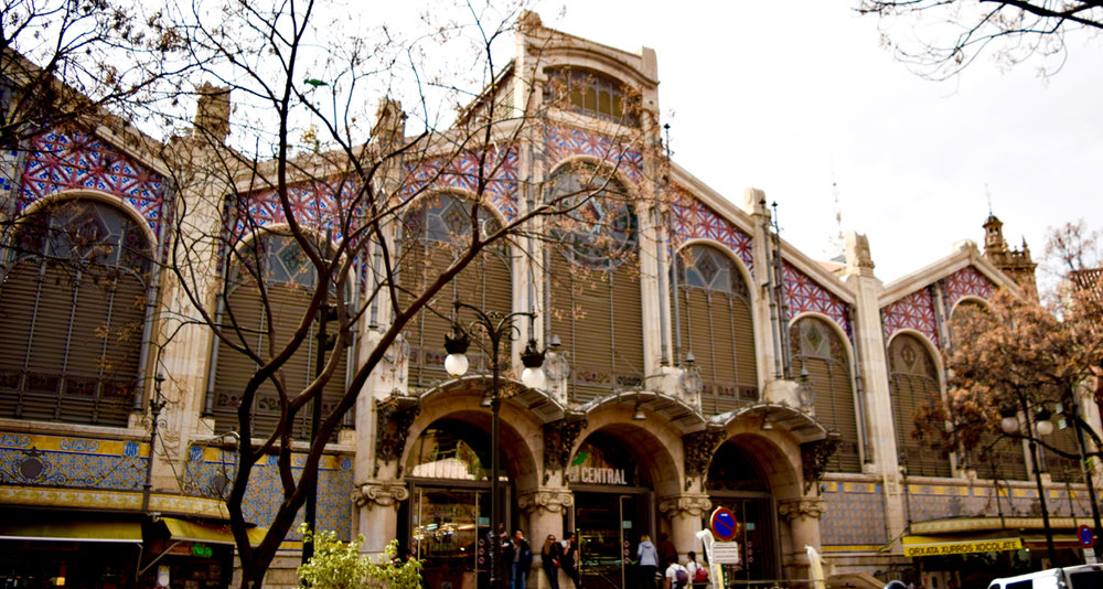 Built in 1914, the Central Market still functions as a city market today.
