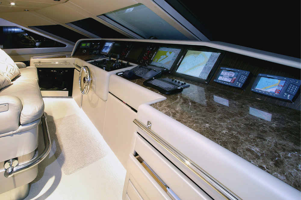 Karen-Lynn-Portfolio-04-Motoryacht-Xilonen_21.jpg
