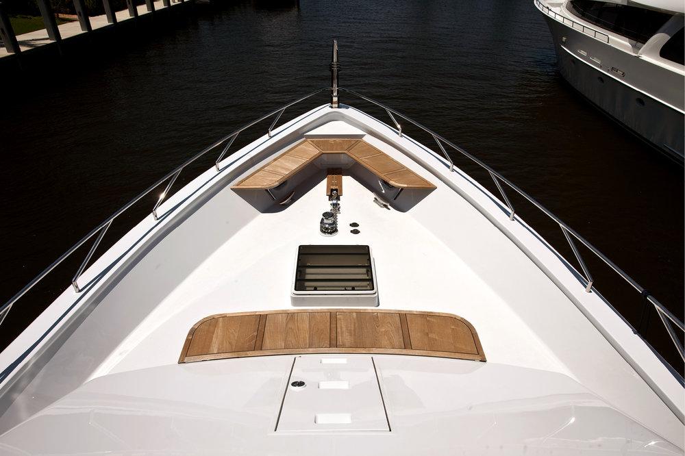Karen-Lynn-Portfolio-09-Motoryacht-Doubledown_12.jpg