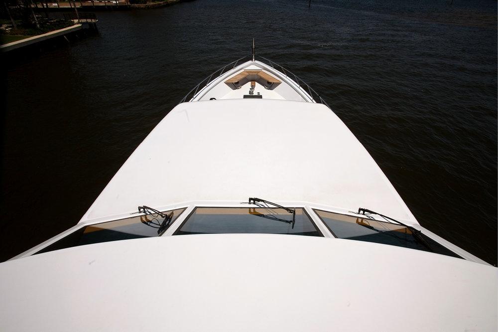 Karen-Lynn-Portfolio-09-Motoryacht-Doubledown_11.jpg