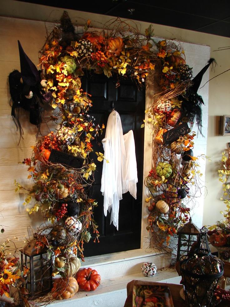 front-door-halloween-decor-ideas-halloween-door-decoration-ideas-c4eea6aa272a7c8a.jpg