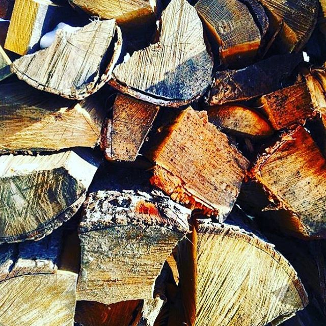 The first snow of the season means it's time to get the fire place roaring!! Stop by our location in Cohasset to get the best wood logs for your fire today!!