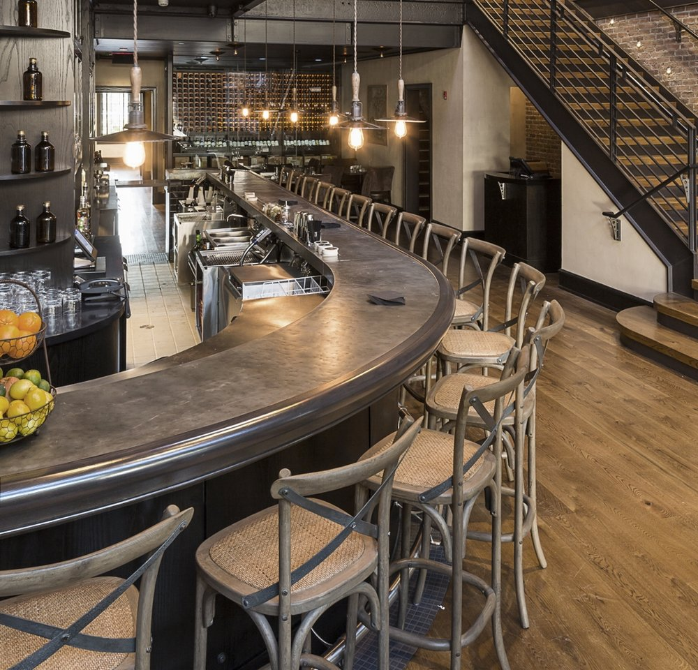 Etonnant Patina Zinc Bar Top With Decorative Edge Profile At Winston U0026nbsp;designed  By Grandberg U0026amp