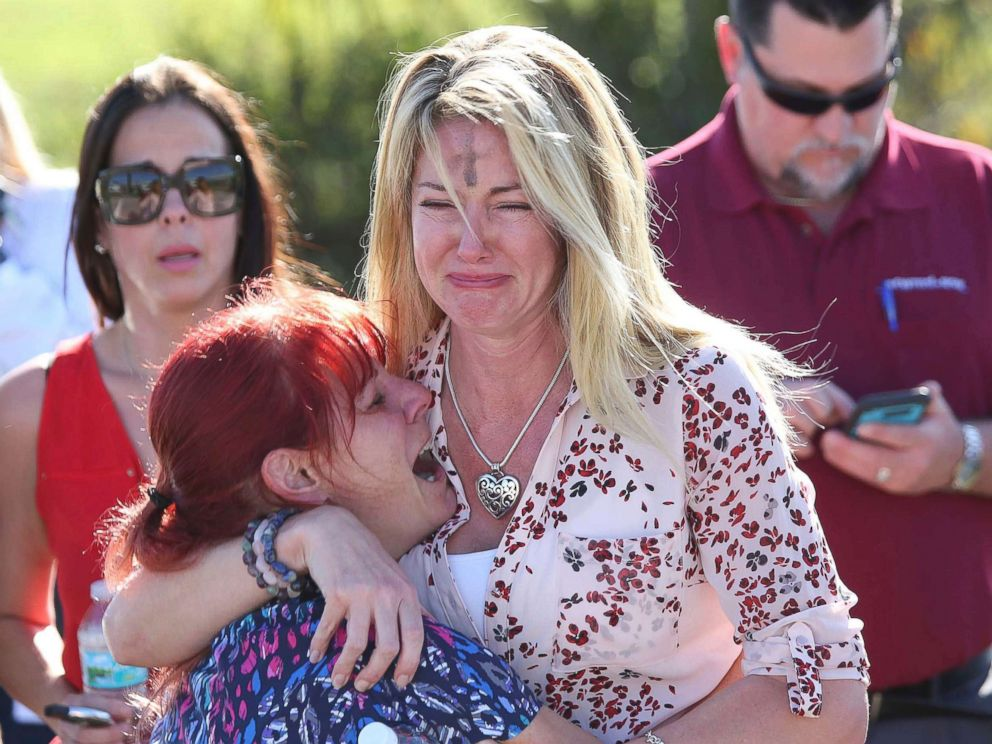parkland-florida-school-shooting-03-ap-jc-180214_4x3_992.jpg