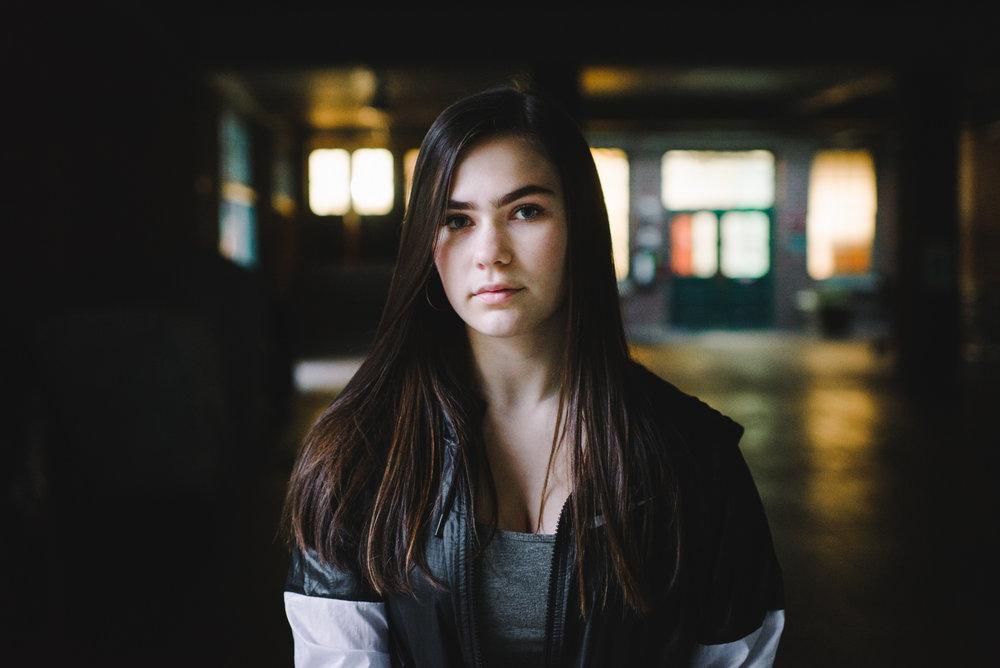 Zoë Roberts // Singer-Songwriter