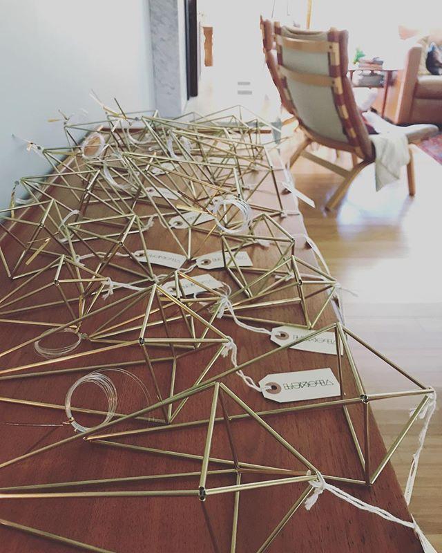 Production Monday.... Anyone else feeling just a little pressure? . . . #himmeli #home #modern #nordic #scandinavian #scandinaviandesign #modernmobile #art #mcm #midcenturymodern #modernhome #interiordesign #designermaker #artisan #design #brass  #tillandsia #airplant  #shoplocal #geometricdecor #geometric #etsy #pnw  #westcoast #christmasmarkets #production #mondays