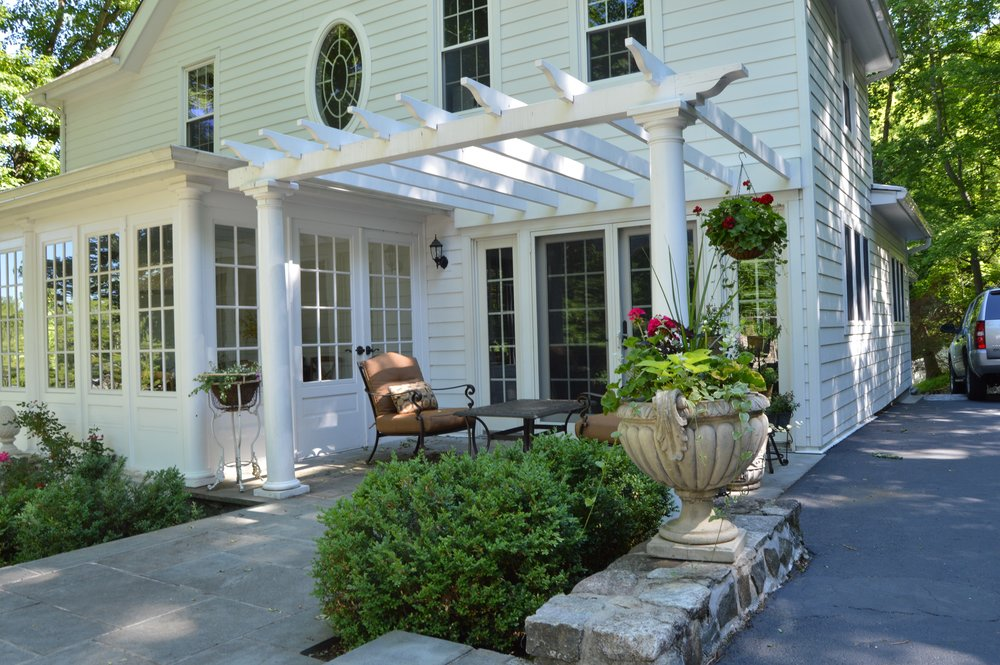 Professional landscape design with pergola in Garrison, NY