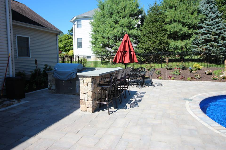 Tips for Functional Outdoor Kitchen Designs in Yorktown, NY
