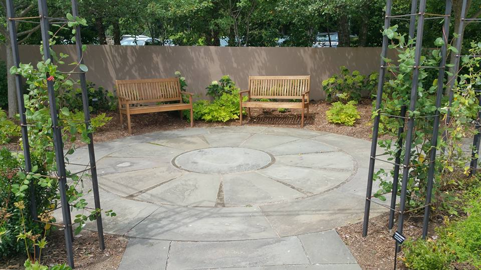 Stylish Modern Patio Ideas For Your Ny Home Masonry Patio Lawn