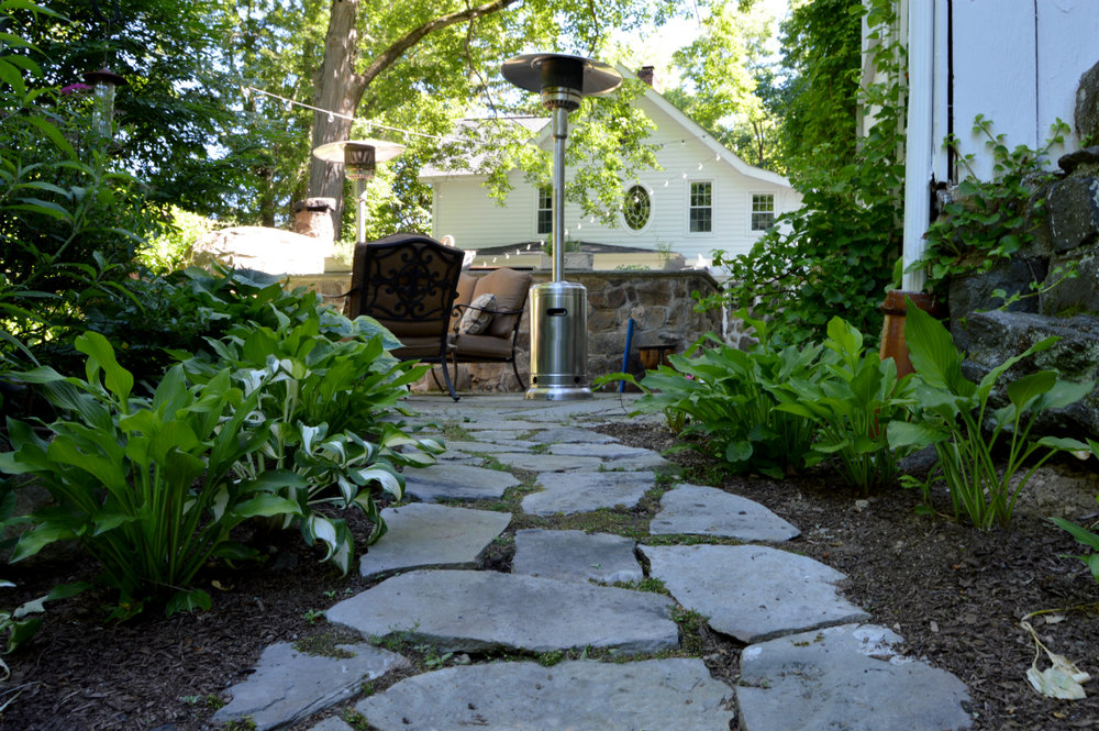 4 Ideas for Pairing Landscape Construction with Greenery in Cortlandt Manor, NY