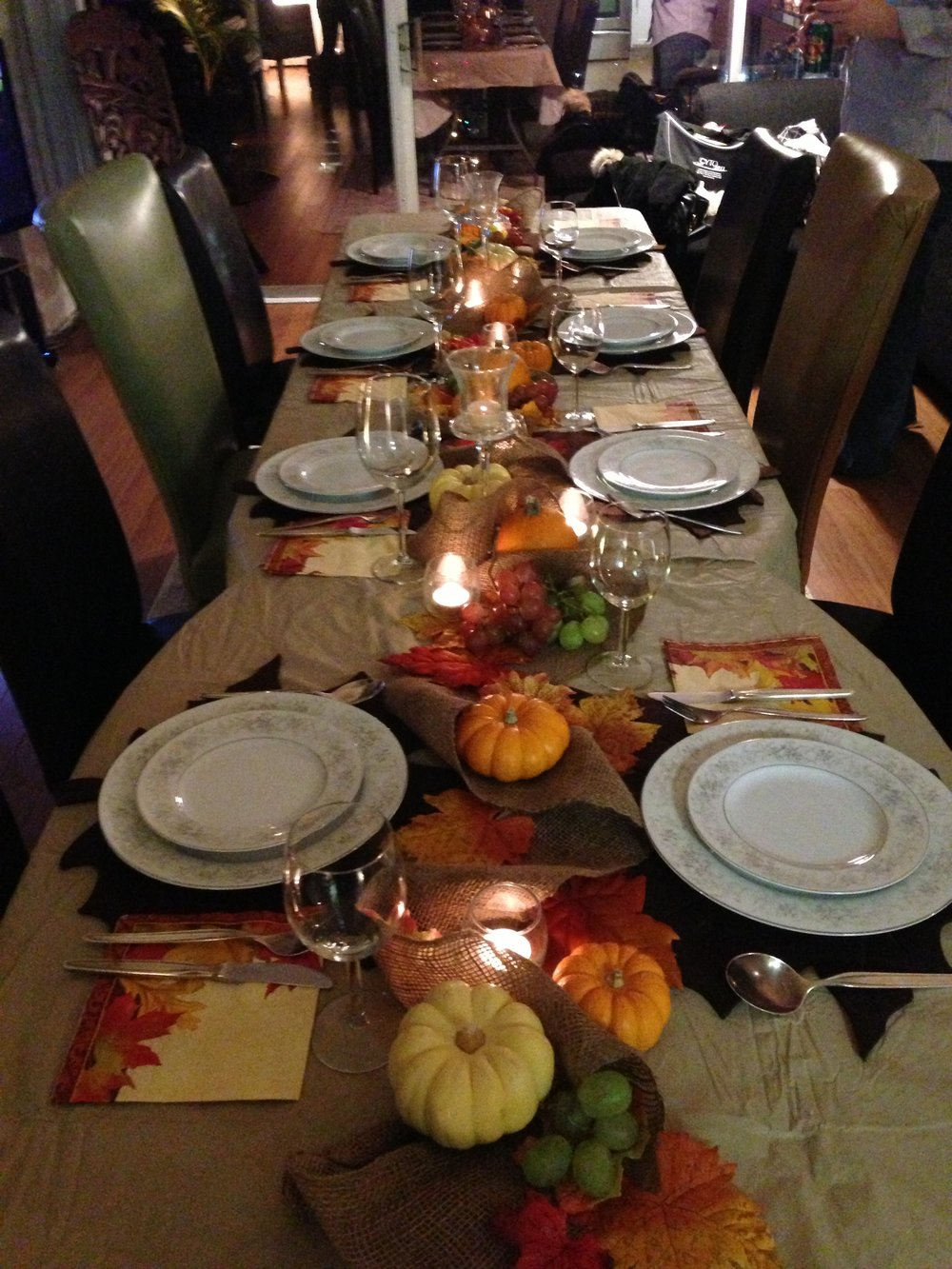 Thanksgiving 2013 table.jpg