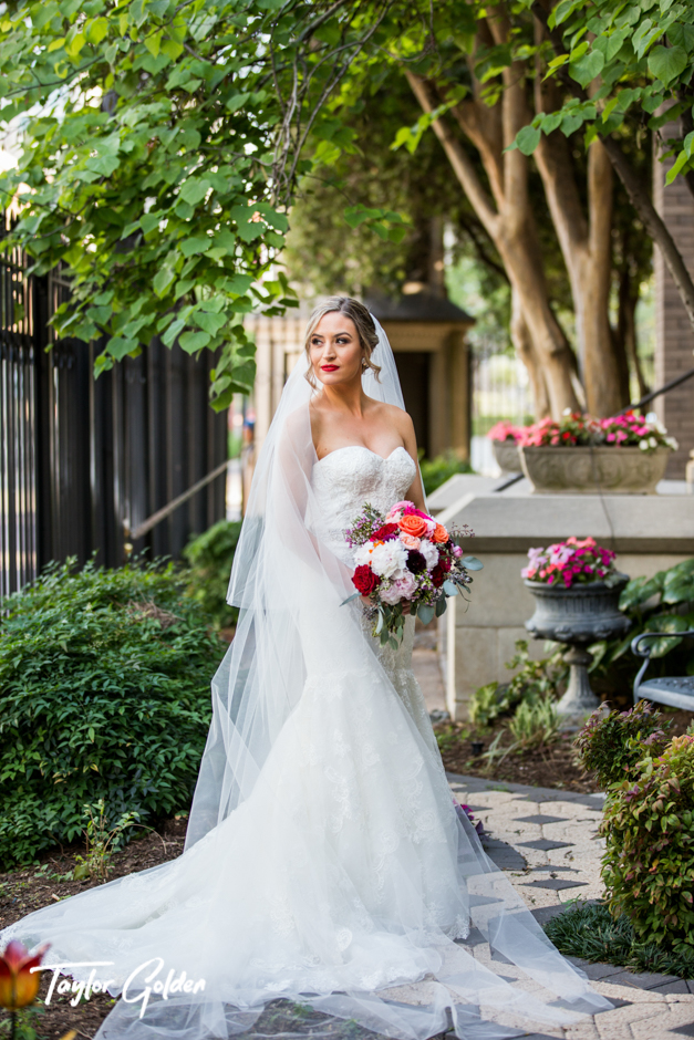 Houston Wedding Photographer Taylor Golden 621.jpg