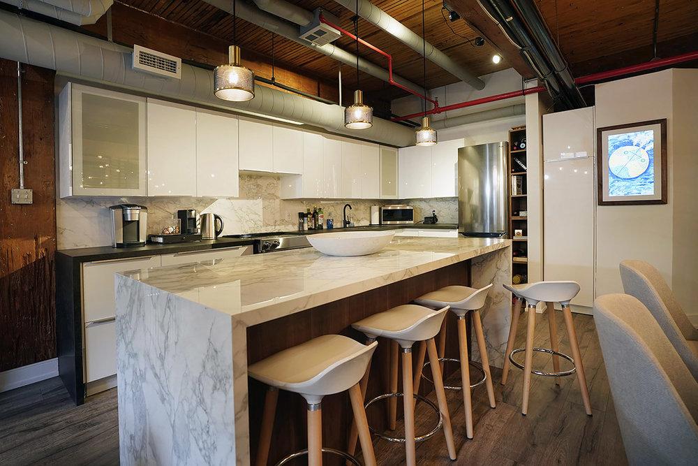 371Wallace-airbnb18.jpg