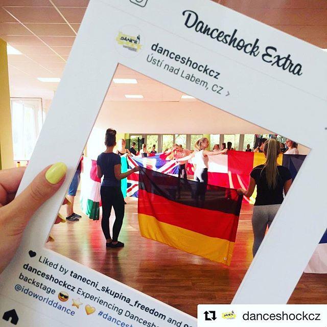 Další Party Frame MINI pro obří taneční událost @danceshockcz 📸👌 Repost: Hey guys! Only a few days left...feeling excited? Cuz we do!🔥♥️ • • • #danceshock2018 #IDOStreetWorlds #IDODiscoDanceCups #IDOWorldDance #ILoveIDO #dance #dancelife #dancer #discodance #disco #streetdance #worldchampionship #worldcup @idoworlddance #partyframecz #partyframe #instaframe #smybox #instagraf