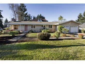 1916 NE 16th St, Renton | $299,900