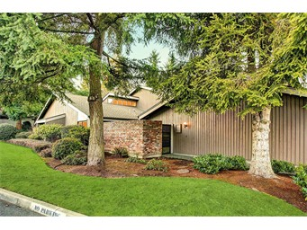 155 142nd Place NE, Bellevue | $385,000