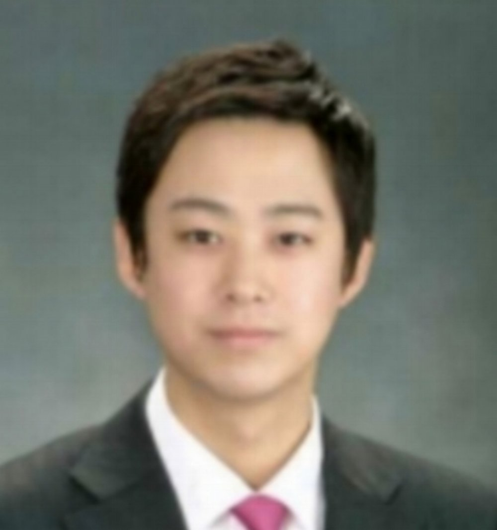 Jaehyun Kim jaehyun works as a digital journalist in south korea for kbs (korea broadcasting system). He has worked on a wide variety of content, including multimedia production. he is really interested in using data in journalism to create powerful and interactive stories.