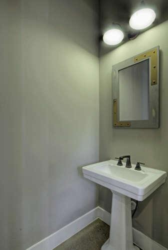 1127 West French Place San-small-017-2-Powder Room-336x500-72dpi.jpg