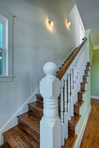 646 Center Green Street New-small-033-2-Staircase-336x500-72dpi.jpg